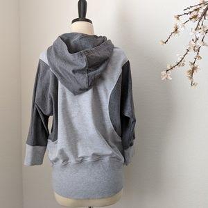 BETSEY JOHNSON • EUC Hoodie Athletic Sweatshirt